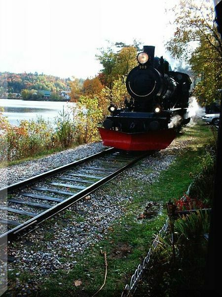 traingarewakefield191002.jpg